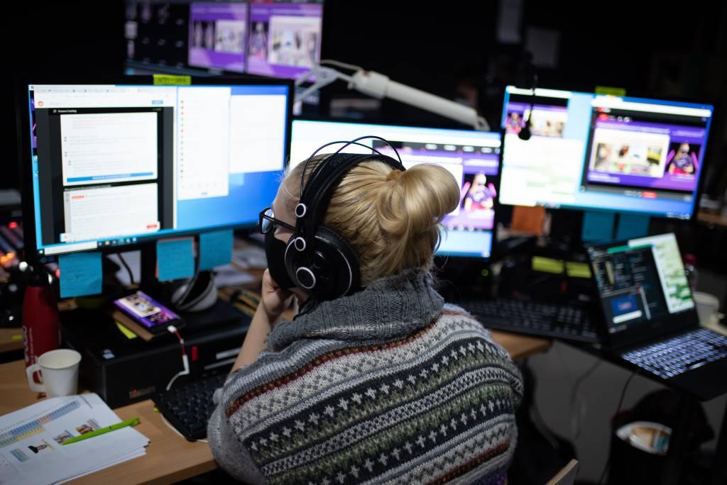 Anna Haaraoja managing a live stream.